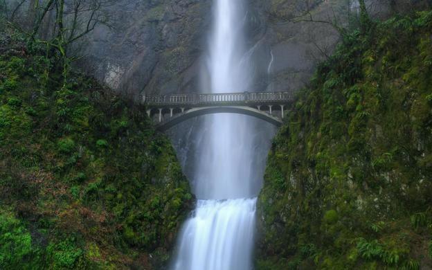 Multnomah-Falls